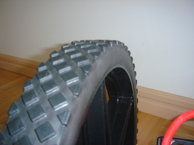 powerwheel_tread